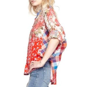 Aratta Independace Day batwing button up top